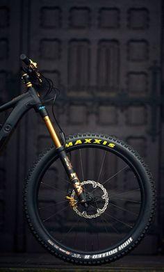 Maxxis - Candice Home Downhill Bike, Mtb Bike, Montain Bike, Mountain Biking Quotes, Velo Design, Best Bmx, Hardtail Mountain Bike, Bike Photography, Bike Style