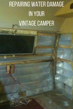 Read tips on restoring and remodeling your vintage camper trailer. Get ideas on how to go from glamper to camper. Check out our 1963 Shasta Compact glamper camper. Vintage Camper Redo, Camping Vintage, Vintage Camper Interior, Rv Interior, Vintage Rv, Trailer Interior, Interior Ideas, Vintage Camper Decorating, Vintage Trailer Decor