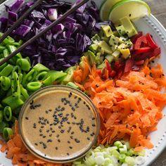 Raw Vegan Spring Rolls Bowl http://www.prevention.com/eatclean/spring-roll-bowl-recipes/slide/4