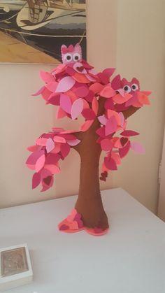 l'innamoramemto dei gufetti albero in pannolenci