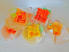 Etsy の 5 Origami Roses Each Wrapped / Welcome Gift / by Inorigami, $14.99