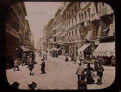 Foto storiche di Roma - Inizio di via del Corso da Piazza Venezia Anno: 1890 ca