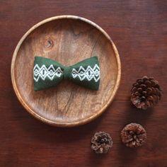 石畳とかちゃらず | a r t i s a n ・ b o w t i e | an entirely hand embroidered, handmade bowtie, following the Japanese tradition of Kogin Embroidery (こぎん刺し)