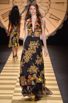 ab8598dc7 97 melhores imagens de FASHION STYLE em 2019 | Dressmaker, Fashion ...