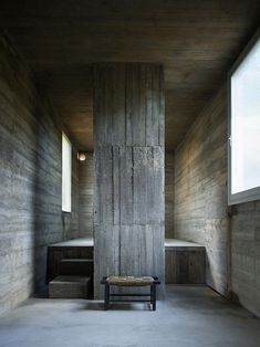 Image 26 of 32 from gallery of Loba House / Pezo von Ellrichshausen. Photograph by Pezo von Ellrichshausen Interior Design Website, Best Interior Design, Interior And Exterior, Concrete Architecture, Space Architecture, Minimalist Architecture, Contemporary Architecture, Therme Vals, Pezo Von Ellrichshausen