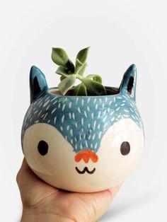 http://www.collector55.com.br/vaso-artesanal-gato-azul/p