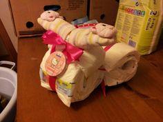 Baby Motorrad- Mädchenversion. Alles gekauft bei Rossmann, bis auf das Lätzchen, das ist selber genäht.