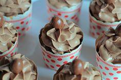 Kinder Schoko-Bons Cupcakes