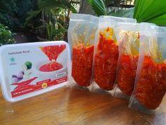 sambalado merah restumande Padang, Container, Food, Eten, Meals, Canisters, Diet