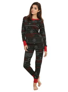 "<p style=""line-height: 20.8px;"">Even on your downtime  you've gotta protect yourself from demon possession. This thermal sleep set from <em>Supernatural</em> includes a top and pants with a black, white and red striped anti-possession Fair Isle design. </p>  <ul style=""line-height: 20.8px;""> 	<li>60% cotton; 40% polyester </li> 	<li>Wash cold; dry low</li> 	<li>Imported</li> 	<li>Listed in junior sizes</li> </ul>  Medium"