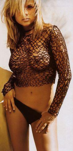 Kelly Kapowski (aka Tiffani Amber Thiessen)