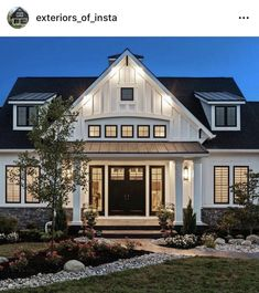 Like windows above entry exterior HGTV Dream Home Front Yard Pictures Style At Home, Br House, Modern Farmhouse Exterior, Farmhouse Decor, Craftsman Home Exterior, Exterior Homes, Dream House Exterior, Farm House Exteriors, Home Exteriors
