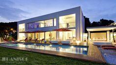 Modern luxe villa for sale in Ibiza l www.danisol.es l