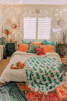 Runde Mandala-Ananas-Türkis-Blau-Tapisserie - Wohnheim Ideen - Pictures on Wall ideas Cute Bedroom Ideas, Cute Room Decor, Bedroom Inspo, Bedroom Bed, Warm Bedroom, Tapestry Bedroom, Bedroom Themes, Dream Bedroom, Room Decor With Lights