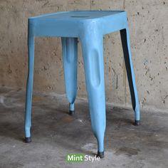 krukje blauw metaal