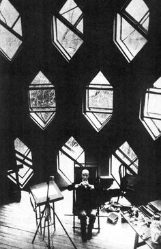 Konstantin Melnikov, Moscú, Rusia, 1927  vía Vaumm