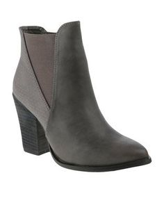 Make a statement with these PointyGusset Pistol Boots by Utopia. These greybeauties will be all you need this season to look your best while keeping warm. Pair them with ripped skinny jeans and a parka jacket for a chic look. Ripped Skinny Jeans, Buy Shoes, Keep Warm, Winter Boots, Fashion Outfits, Fashion Trends, Parka, Fashion Online, Booty