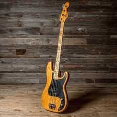 Would you just look at this @fenderguitar '78 Precision Bass? Darn thing is PURTY. if you like this, follow @cmebassment for all things purty bass.
