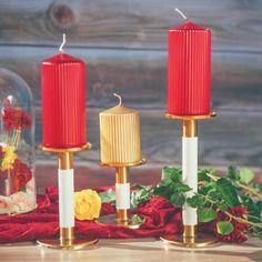 Wyjątkowe, ekskluzywne świeczniki to niesamowity element dekoracyjny - nowoczesny design przyciąga wzrok, a złote elementy wyróżniają się na stole, dając niesamowity efekt! #kolekcjaslubna #kolekcjaflora #slub #wesele #dekoracjestoluwesele Flora, Candles, Retro, Vintage, Neo Traditional, Candy, Rustic, Vintage Comics, Retro Illustration