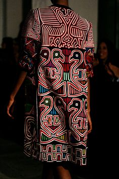 Amelia Toro en Bogota Fashion Week 2016 - Women's style: Patterns of sustainability