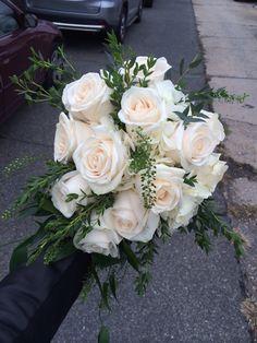 Slight Cascade for our bride today :) #wegotthis #insta_pick_blossom #floral #flowers #botanical #flower #flowerstagram #blossom #bloom #mehndiflowers #flowersofinstagram #florals #floweroftheday #bridalflowerjewellery #pretty #spring #sopretty #flowerslovers #instablooms #blooms #flowermagic #prettyflowers #instaflowers #paperflowers #flowersturk #whiteflowers #wildflowers #freshflowers #thewallflowers #loveflowers