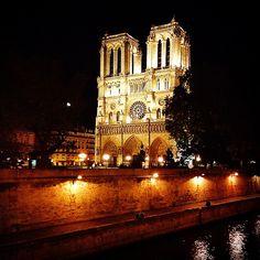 Notre-Dame de Paris #Parisbynight #cathedrale #Paris #monument