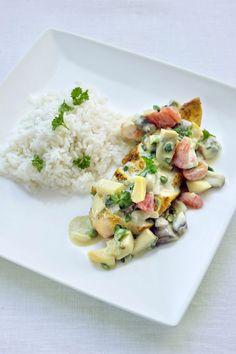 Kip met rijst en currysaus http://www.njam.tv/recepten/kip-met-rijst-en-currysaus?q=currysa