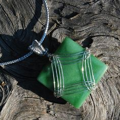 Chinese Nephrite Jade Pendant Necklace