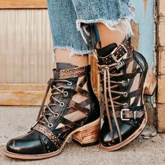 Receive serious shoe envy when you shop the FREEBIRD Stores collection. The best boots & booties of handcrafted masterpieces for the boot enthusiasts. Boho Boots, Lace Up Boots, Crazy Shoes, Me Too Shoes, Best Ankle Boots, Unique Boots, Buy Shoes, Shoes Heels, Leather Booties