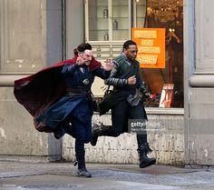 ニュース写真 : Benedict Cumberbatch and Chiwerel Ejiofor are...
