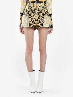 f8cb679ad Versace MULTICOLOR IBISCUS PRINTED SHORTS Versace Shorts, Printed Shorts,  Short Outfits, Short Dresses