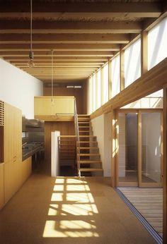 ムギカライエ: 緒方幸樹建築設計事務所が手掛けたオリジナルリビングです。