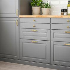 Bodbyn Kitchen Grey, Grey Ikea Kitchen, Ikea Kitchen Cabinets, Grey Kitchens, Kitchen Countertops, Diy Kitchen, Kitchen Furniture, Bodbyn Grey, Awesome Kitchen