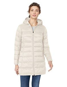 Amazon Essentials Women's Lightweight Water-Resistant Packable Puffer Coat #amazon #amazonprime #primeday #affiliate Very Short Dress, Buy Clothes Online, Sweater Layering, Cap Dress, Plus Size Maxi Dresses, Puffer Jackets, Winter Outfits, Amazon Essentials, Clothes For Women