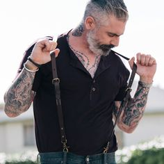 Leather Suspenders Made from fine leather with antique brass finish hardware. This item can be worn with or without a belt with detachable belt attachments. American Made Clothing and Accessories. Daniel Sheehan, Beard Suit, American Made Clothing, Suspenders Outfit, Mens Leather Accessories, Hipster Man, Classic Leather, Manga, Stylish Men