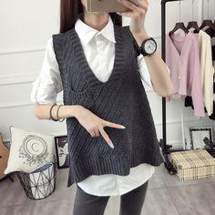 2017 Women Knitted Vest Female Autumn winter Sweater V-neck Sleeveless Vest Korean Loose Sweater pocket Waistcoat All Match