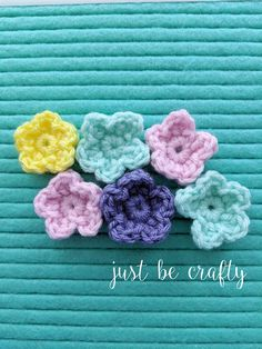Learn to make the crochet wildflower with this super simple step by step video tutorial. So quick and easy, you will have a bouquet whipped up in no time! Easter Crochet Patterns, Crochet Patterns For Beginners, Crochet Motif, Crochet Crafts, Knitting Patterns Free, Crochet Flowers, Crochet Projects, Free Crochet, Knit Crochet
