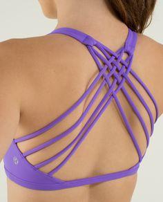 Love this Lululemon sports bra, ideal for hot yoga!