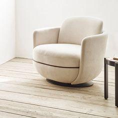 Miles Lounge Chair by Wittmann - Switch Modern Contemporary Armchair, Contemporary Furniture, Contemporary Design, Modern Design, Sebastian Herkner, Lounge Areas, Lounge Chairs, Club Chairs, Hotel Lounge
