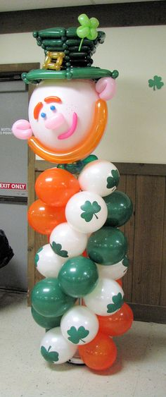 Leprechaun balloon column
