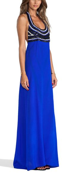 Blue beauty http://rstyle.me/n/wmtq2n2bn