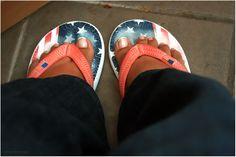 Wo fängt dein Himmel an | Merna El-Mohasel Flip Flops, Sandals, Shoes, Women, Fashion, Heavens, Suitcase, Moda, Shoes Sandals