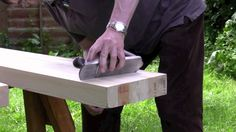 How to build a workbench - (Part 2) Planing and preparing the top - with...