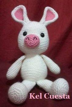 Porco-coelho ( Dwejitokki) da Go Mi Nam , do dorama You're beautiful  , feito em crochê com a técnica de amigurumi ,