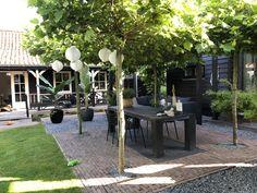 Outdoor Rooms, Outdoor Living, Outdoor Decor, Pergola Patio, Backyard Landscaping, Contemporary Garden Rooms, Long House, Corner Garden, Outside Living
