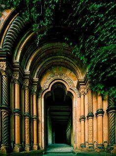 Entrée de cathédrale ?