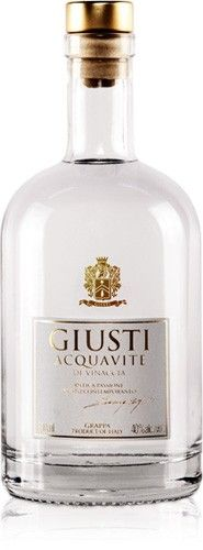 ACQUAVITE GIOVANE-GIOVANE GIUSTI Grappa is best served at a temperature between 10° and 12° C in a white wine glass, such as a Riesling glass, after it has been allowed to breathe for a couple of minutes.  Food pairings: Ideal as an accompaniment for fresh fruit in season or as an aperitif in fruit-based cocktails.