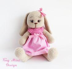 Mesmerizing Crochet an Amigurumi Rabbit Ideas. Lovely Crochet an Amigurumi Rabbit Ideas. Crochet Bunny Pattern, Crochet Rabbit, Crochet Toys Patterns, Craft Patterns, Amigurumi Patterns, Stuffed Toys Patterns, Crochet Dolls, Amigurumi Animals, Amigurumi Free