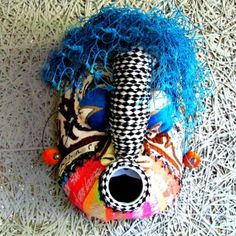 &Banana handmade African jewelry & crafts store, established in 1998 and positioned at the foot of the scenic Chapman's Peak Drive in Hout Bay, Cape Town, South Africa. African Masks, African Jewelry, Craft Stores, Textile Art, Jewelry Crafts, Artisan, Banana, Textiles, Afro