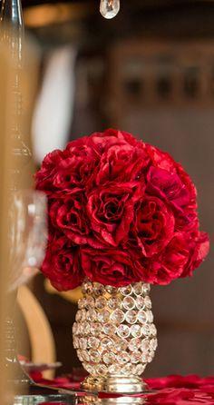 red flowers - visit my flowers/floral board for more flowers | https://www.pinterest.com/janasvens/flowers-floral/